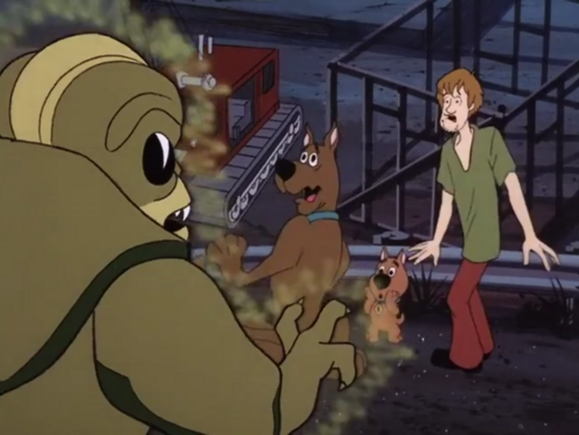 File:Shaggy, Scooby and Scrappy meet the Alien.png