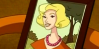 Fred Jones, Jr.'s mother