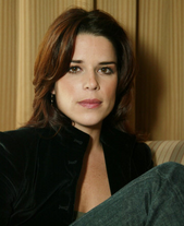 Neve Campbell gallery 6