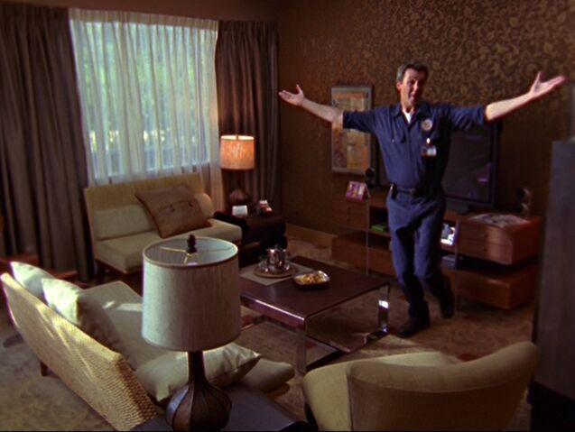 File:6x5-Dancing Janitor.jpg