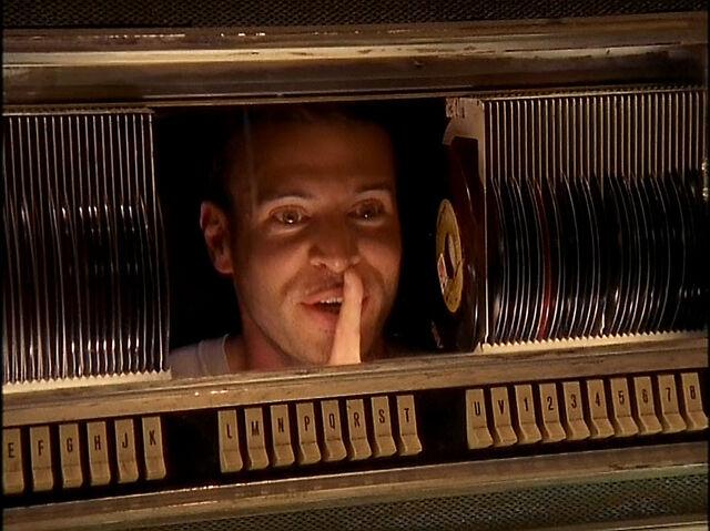 File:3x19 Sean in jukebox.jpg