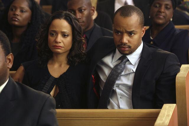 File:6x16 Turk and Carla funeral.jpg