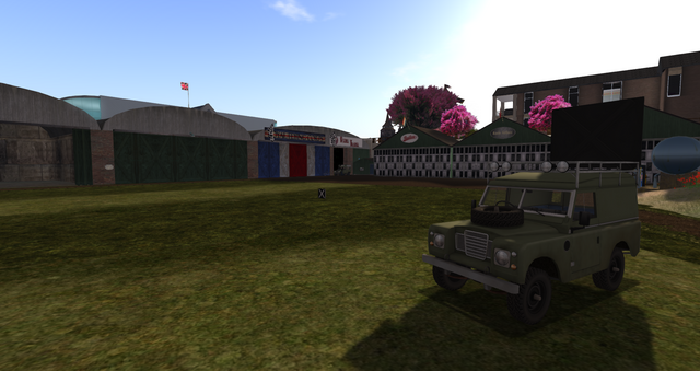 File:Tsurington Aerodrome Hangars (05-14).png
