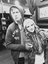 Bella-thorne-with-boyfirend-clakcandwhite
