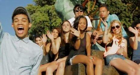 Roshon-fegan-I-Dooz-This-Video-Shot