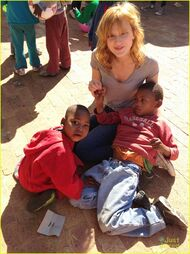 Bella-thorne-in-africa-(9)
