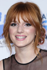 Bella-thorne-smile