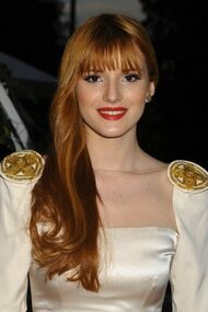BellaThorne12thMovieGuideAwards(31)