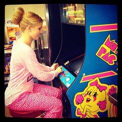 Caroline Ms.Pacman