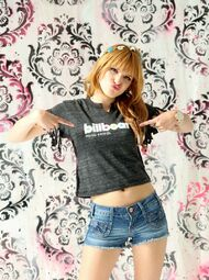 Bella-thorne-billboard-music-awards-tshirt