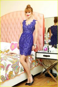 Bella-thorne-floral-blue-dress-bedroom-photoshoot