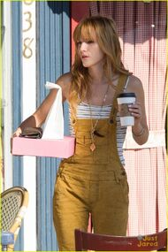 Bella-thorne-yellow-overalls-coffee-pink-box-(2)