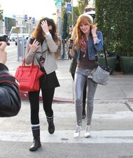 Bella Thorne Lunch36