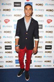 Lucien-laviscount-mobo-awards-2011-press-room-02