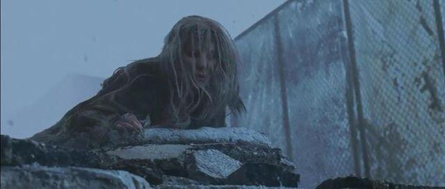 File:Dahlia is thrown down by Rose.jpg