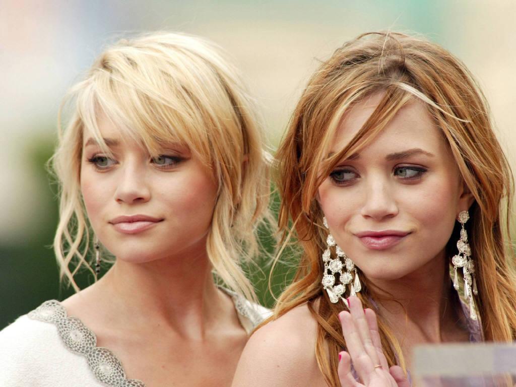 Mary Kate And Ashley Olsen Simpsons Wiki Fandom
