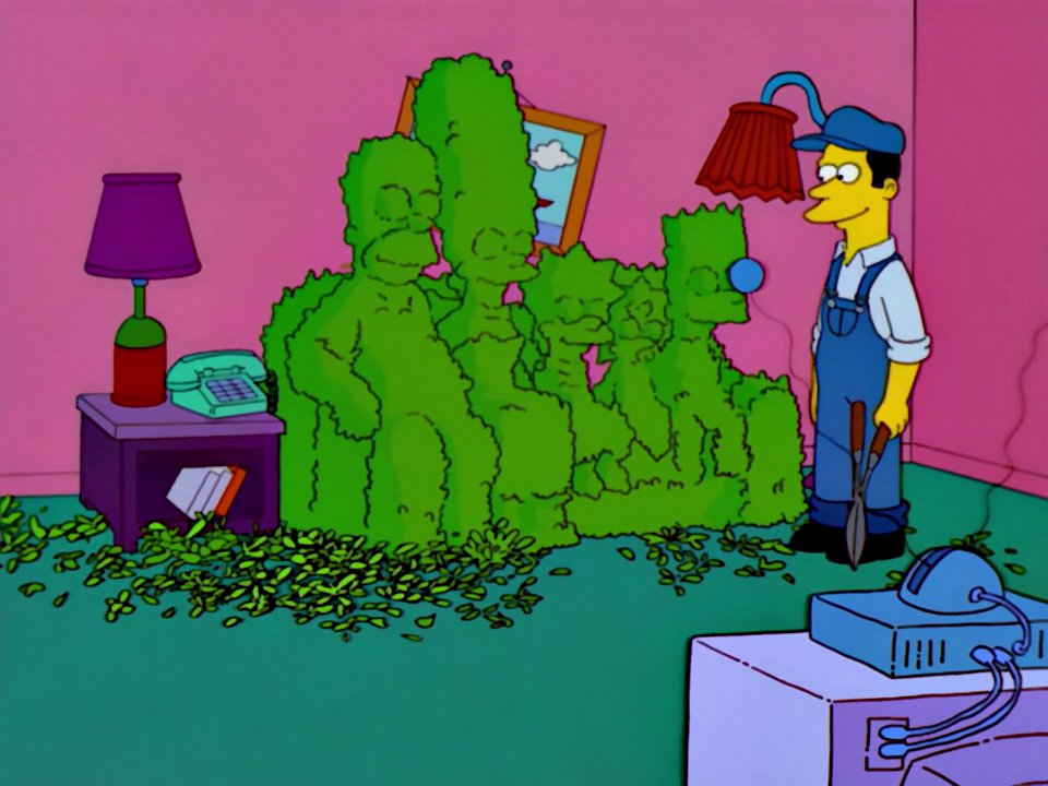 File:Simpsons Opening Couch Gag Season 13 (With Gardener Trimming Hedge Into Shape of Family).jpg