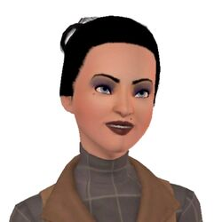 Headshot of Chloe-Jasmine