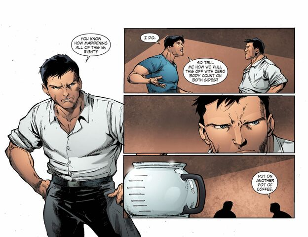 File:Smallville - Continuity 003 (2014) (Digital-Empire)018.jpg