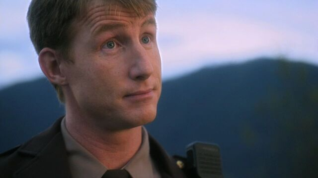File:SmallvilleHarvestDepEllisCap.jpg