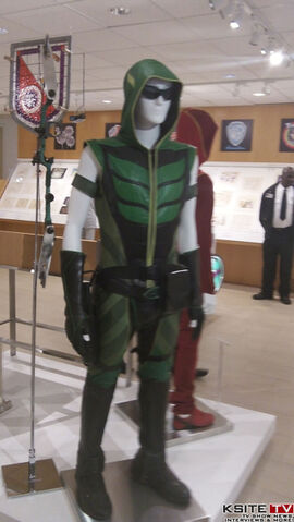 File:Green Arrow SV tv S09 0100 0286.jpg