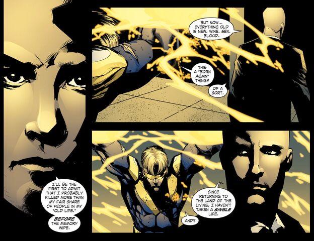 File:Smallville - Chaos 008 (2014) (Digital-Empire)007.jpg