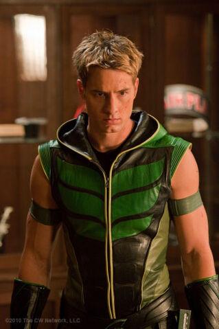 File:Green Arrow SV TV S09 Green Arrow Smallville.jpg
