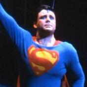 185px-Superman-bobholiday
