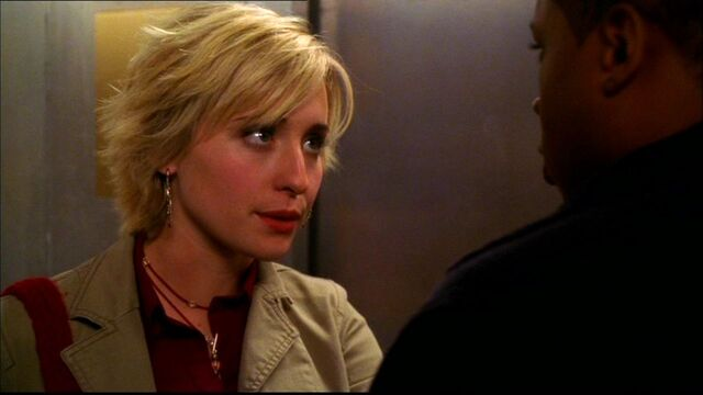 File:Smallville318 373.jpg
