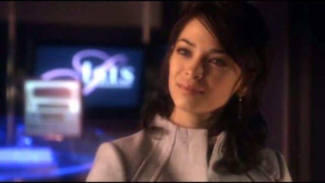 File:Lana tells Chloe she is proud of Clark as the Blur.jpg