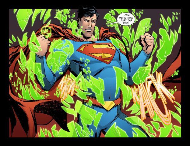 File:Smallville - Lantern 009-019.jpg