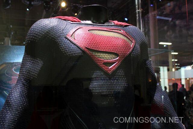 File:Superman-Man-Of-Steel-expo-01.jpg