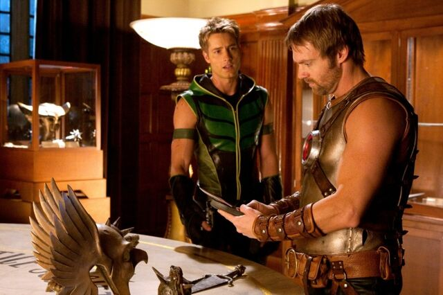 File:Green Arrow SV TV s09 Green Arrow and Hawkman Smallville.jpg