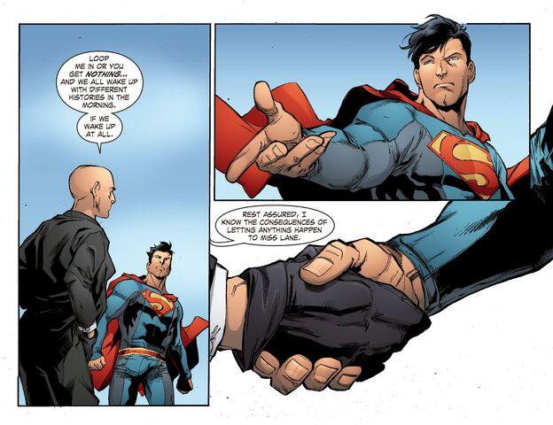 File:Smallville - Continuity 004 (2014) (Digital-Empire013.jpg