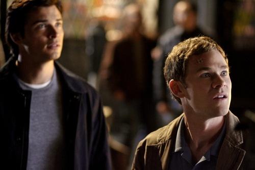 File:Smallville-ep8.07-identity-02.jpg
