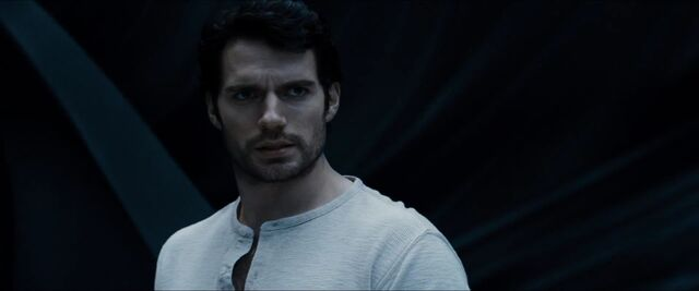 File:Man-of-Steel-Trailer-Images-Clark-Kent-in-Fortress-of-Solitude.jpg