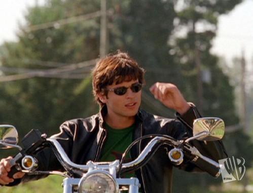 File:499px-204 motorcycle.JPG