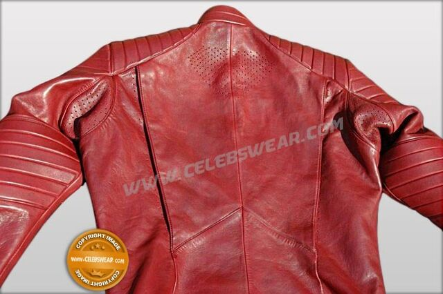 File:Superman SV blur S10 smallville-jacket 04443 zoom.jpg