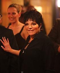 Smash-2a-temporada-Liza-Minnelli-01