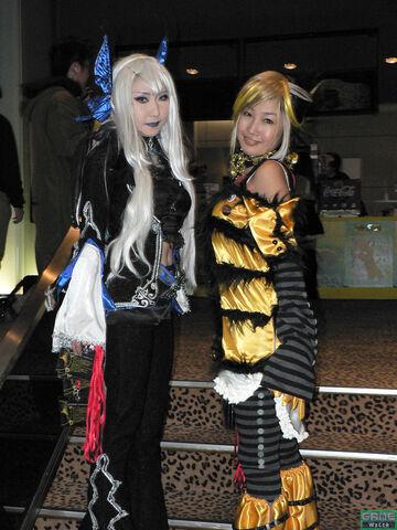 File:Kofparty05 cosplay.jpg