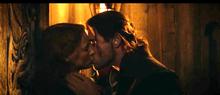 Eric And Sara Kiss