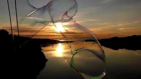 Giant bubble @ 210fps