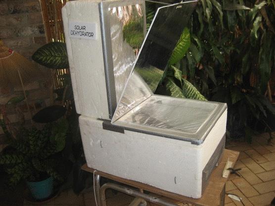 File:Solar dehydrator side, Sizzling Solar Systems, 11-13-12.jpg