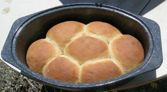 File:Bread browns.jpg