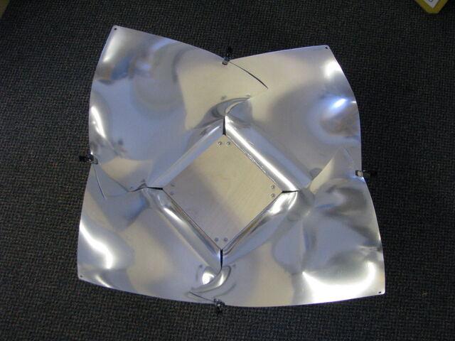 File:Copenhagen Solar Cooker Light 008.jpg
