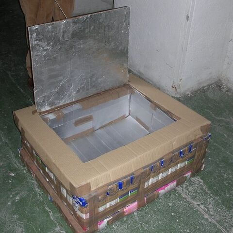 The Tetra Brik Solar box Cooker