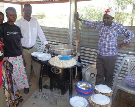 File:New fuel effcient stove, Kamin Oningo, Kenya, 3-6-16.png