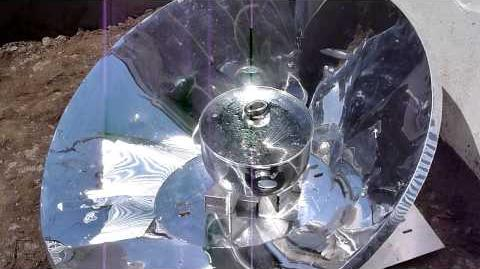 Kolamba Solar Cooker - 4 liters of water is boiling