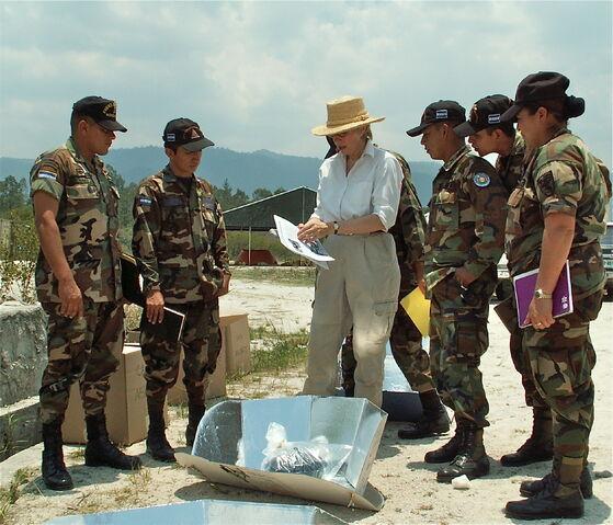 File:HOnduran soldiers.jpg