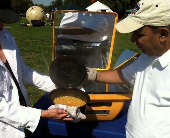 File:TIDES solar cooking exhibit 10-11, 2.jpg
